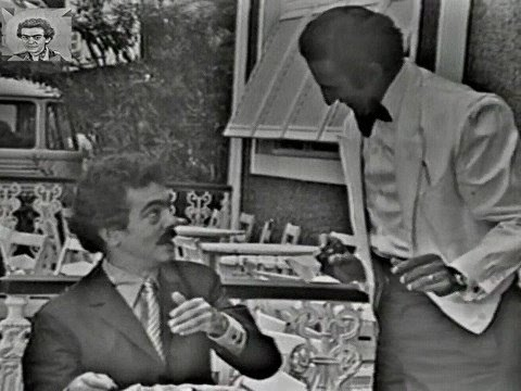 Em 1971, Chico Anysio apresentava o Você Tem Tempo? antes ...