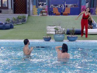 BBB 21: Gilberto e Fiuk pulam na piscina para comemorar volta do paredão Imagem: Reprodução/Globoplay