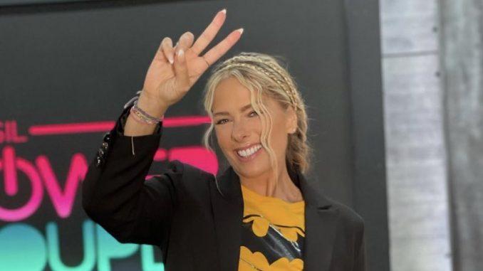 Talentosa! Adriane Galisteu desperta inveja entre apresentadoras da Record - Aqui tem Fofoca - por Guilherme Beraldo